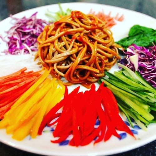 三度目の大邱レポ番外編、お土産レシピ。韓国風蕎麦サラダ、チェンバンククス作ってみた。おまけは「今日なに食べる?」のタッカルビ。_a0223786_15400970.jpg