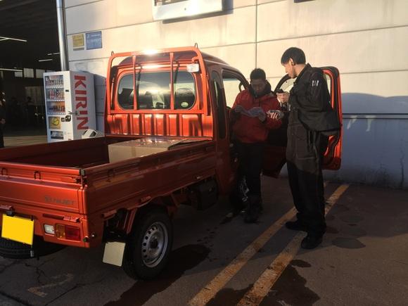 2月23日 金曜日の本店ブログ(´▽`) 本日Fさまミラ納車★ありがとうございます!トミーレンタカー・ランクル、アルファード、ハイエース_b0127002_17343586.jpg