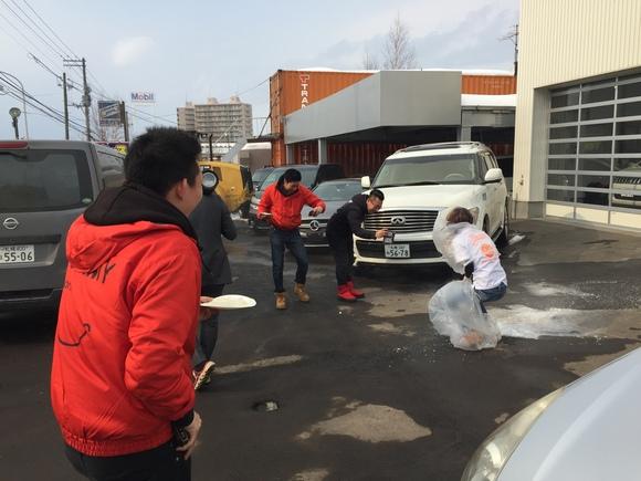 2月23日 金曜日の本店ブログ(´▽`) 本日Fさまミラ納車★ありがとうございます!トミーレンタカー・ランクル、アルファード、ハイエース_b0127002_18963.jpg