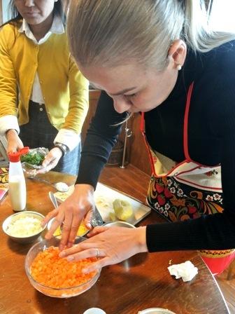 ~世界の家庭料理を学ぼう~ロシアnoおうちごはん教室を開催しました☆_d0298850_15492829.jpg