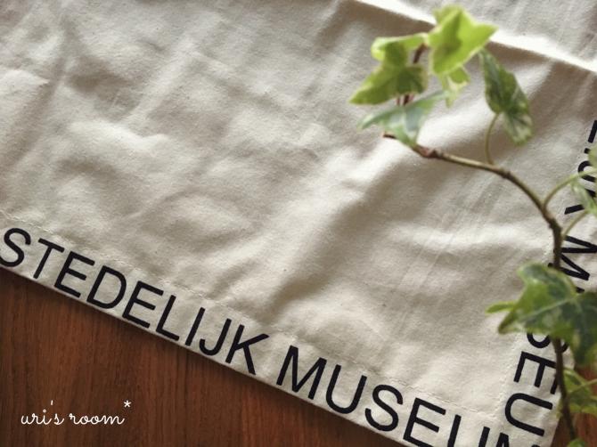 ときめく可愛さ、アムステルダム美術館のエコバッグ。そだねー!_a0341288_22210492.jpg