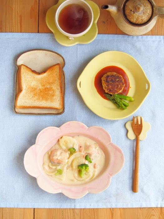 鮭のクリーム煮の朝ごはん_b0277136_16041540.jpeg
