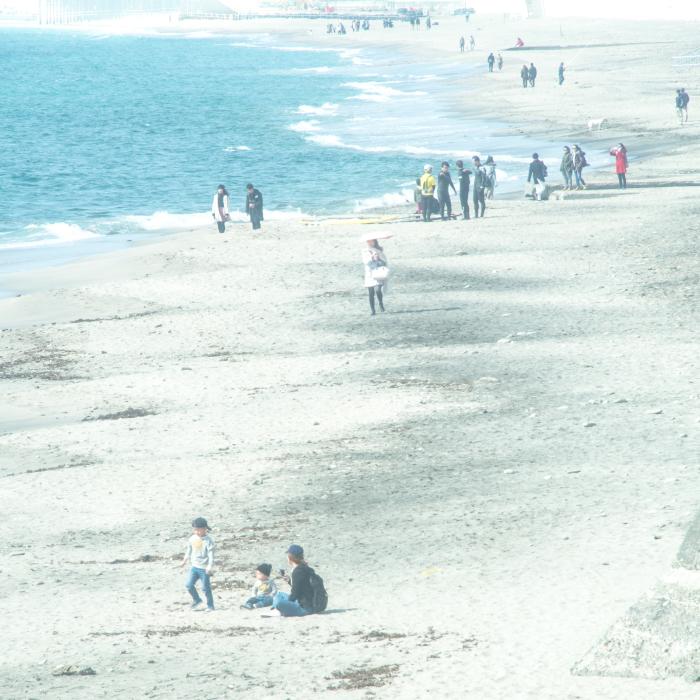 休日の七里ヶ浜。_b0022268_18391340.jpg