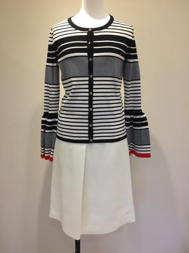 便利な白のスカート_c0223630_21160135.jpg