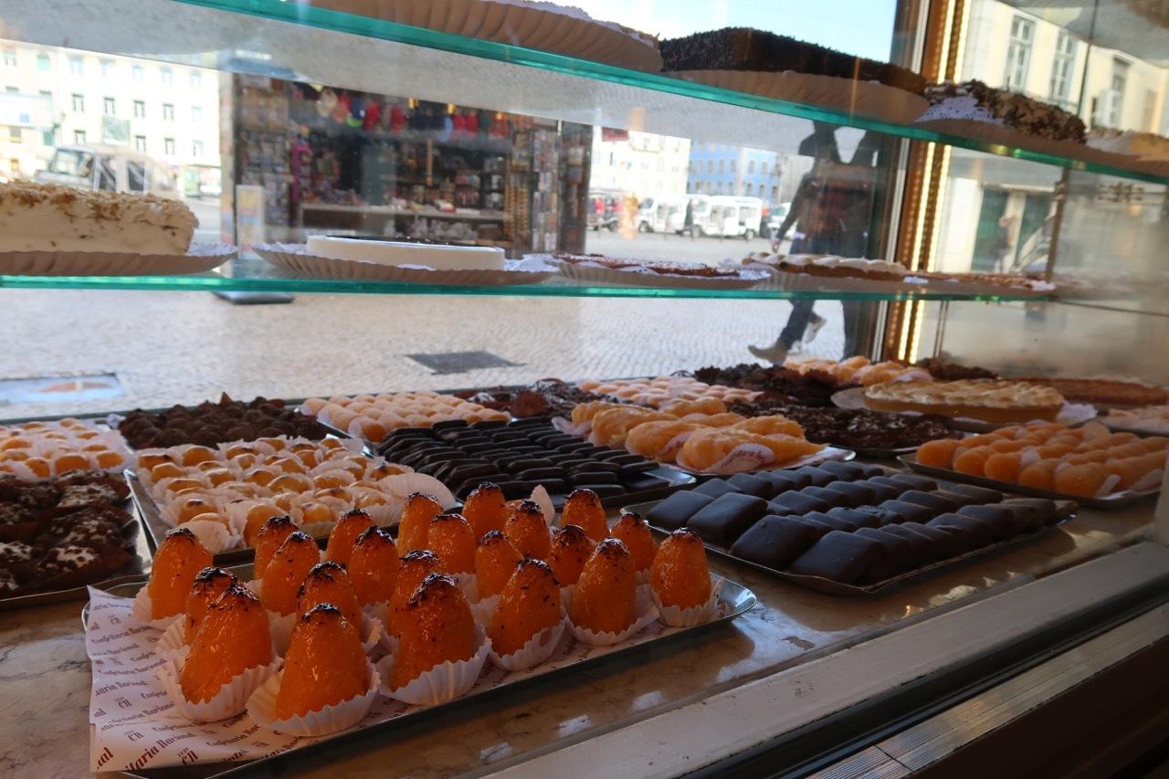 リスボンのオススメのお菓子屋さん Confeitaria National _f0380234_22172518.jpg