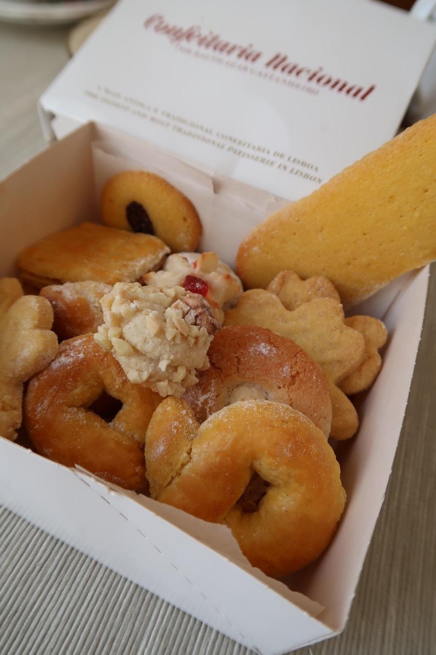 リスボンのオススメのお菓子屋さん Confeitaria National _f0380234_22214276.jpg