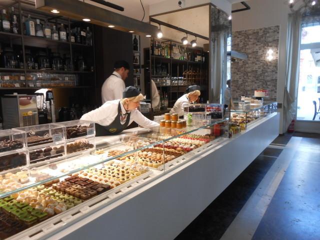 Bariで今注目!のケーキ屋さん_b0305039_04585911.jpg