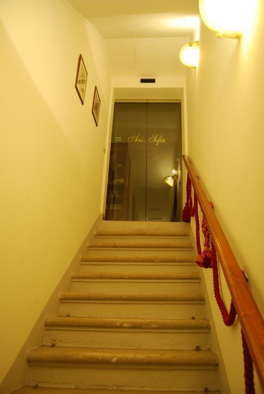 ここは最悪だった!ヴェネチアのホテル_b0305039_18340556.jpg