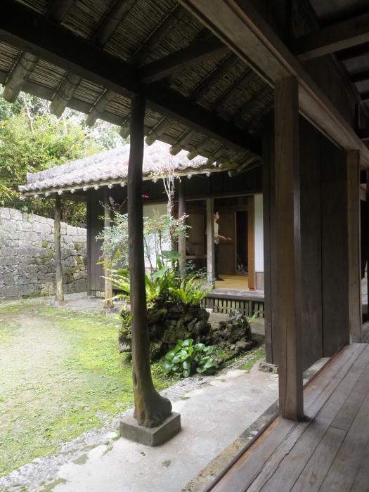 続|沖縄建築ツアー_d0122640_17362982.jpg