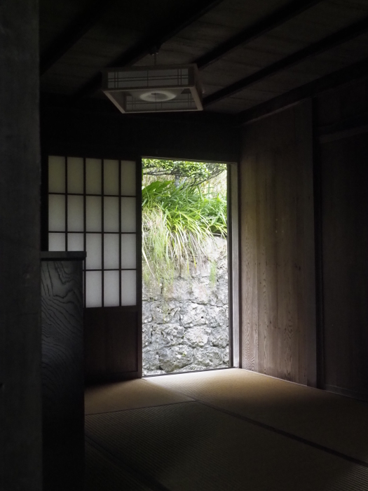 続|沖縄建築ツアー_d0122640_17365379.jpg