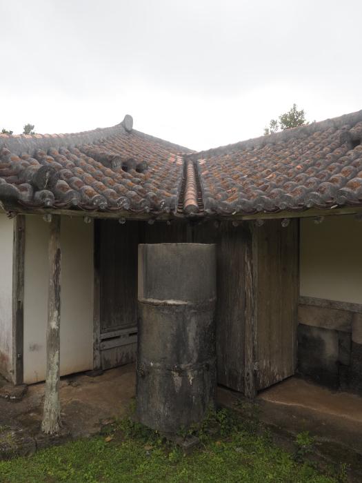 続|沖縄建築ツアー_d0122640_17403783.jpg