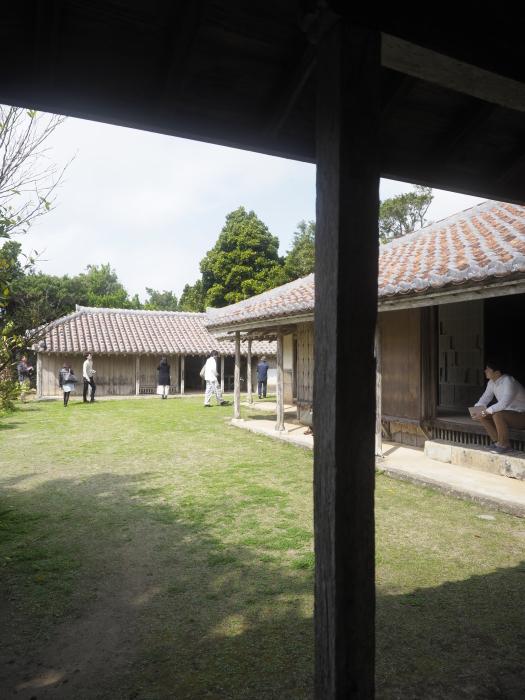 続|沖縄建築ツアー_d0122640_17413827.jpg