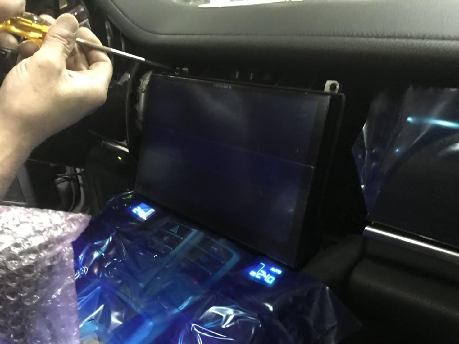 2月26日(月)トミーベース カスタムブログ☆新型QX802台入庫確定☆LS460後期AWD LS600hLエグゼクティブPKGもご紹介していきます☆_b0127002_11444535.jpg