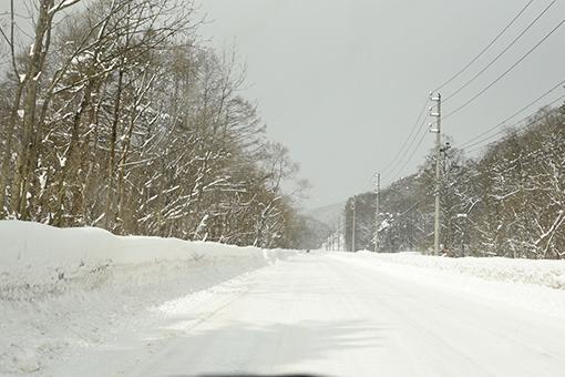 雪道走ってスタンプラリー♪_b0259218_05255254.jpg