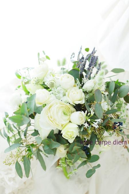 クラッチブーケ エネコ東京様へ ラナンキュラスとユーカリと、ラベンダーの香りをそえて_a0042928_1428731.jpg