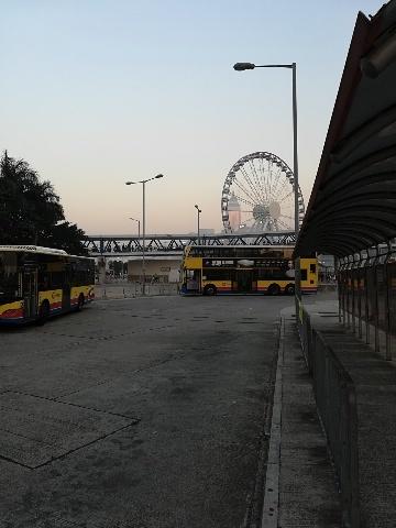12號巴士を待って_b0248150_10150274.jpg