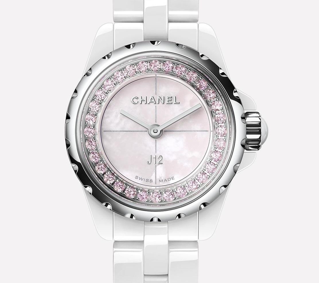 CHANEL J12 Collector 限定モデル_b0327972_12515865.jpg