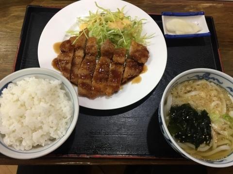 手打ちうどん・丼の店 さとう @郡家_e0115904_15023606.jpg