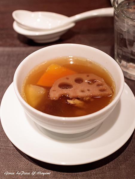 銀座グルメ 新広東菜 嘉禅 香港飲茶ランチコース_b0133053_01181208.jpg