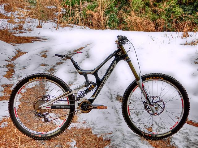 remaining snow_b0049658_07591079.jpg
