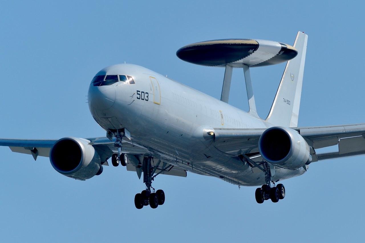 哨戒機E767_c0330563_22344386.jpg