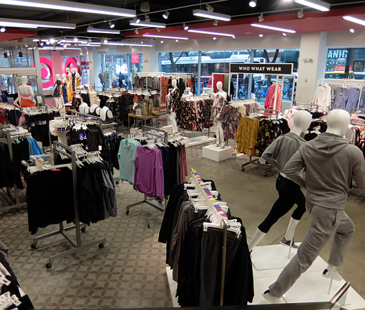 Targetの新しいスモール・フォーマットの「Tribeca店」_b0007805_112201.jpg
