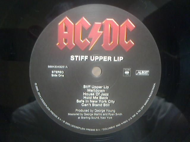 Stiff Upper Lip / AC/DC_c0104445_23433416.jpg