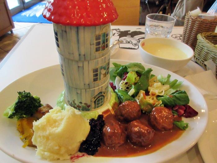 【東京ドーム】ムーミンカフェでムーミンママと一緒にランチ【ラクーア】_b0009849_1133388.jpg