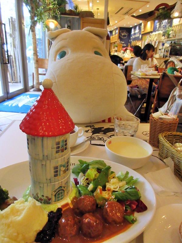【東京ドーム】ムーミンカフェでムーミンママと一緒にランチ【ラクーア】_b0009849_115780.jpg