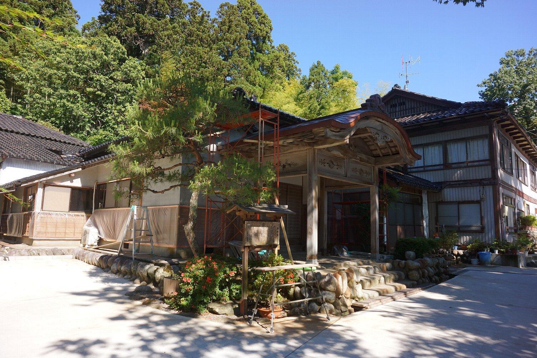和倉温泉 青林寺の御便殿_c0112559_09002057.jpg