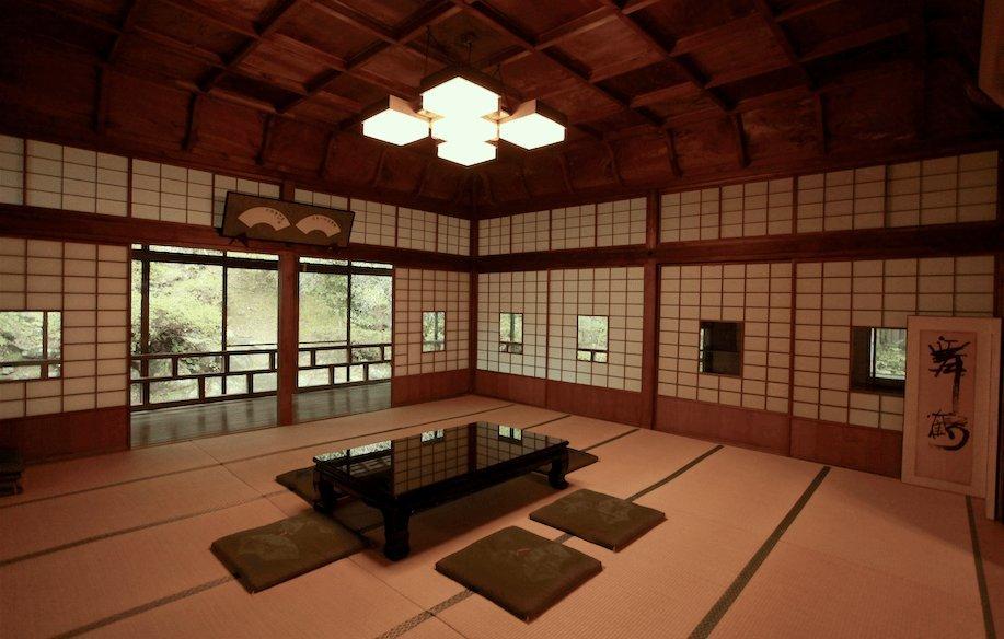 和倉温泉 青林寺の御便殿_c0112559_09063012.jpg