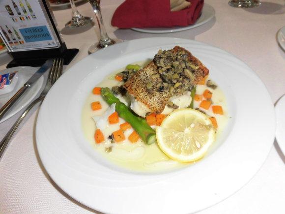 スタークルーズ、船での食事_d0336014_00061539.jpg