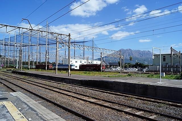 藤田八束の鉄道写真@貨物列車の写真、北海道、東北、関東、山陽、九州を走る_d0181492_18014262.jpg