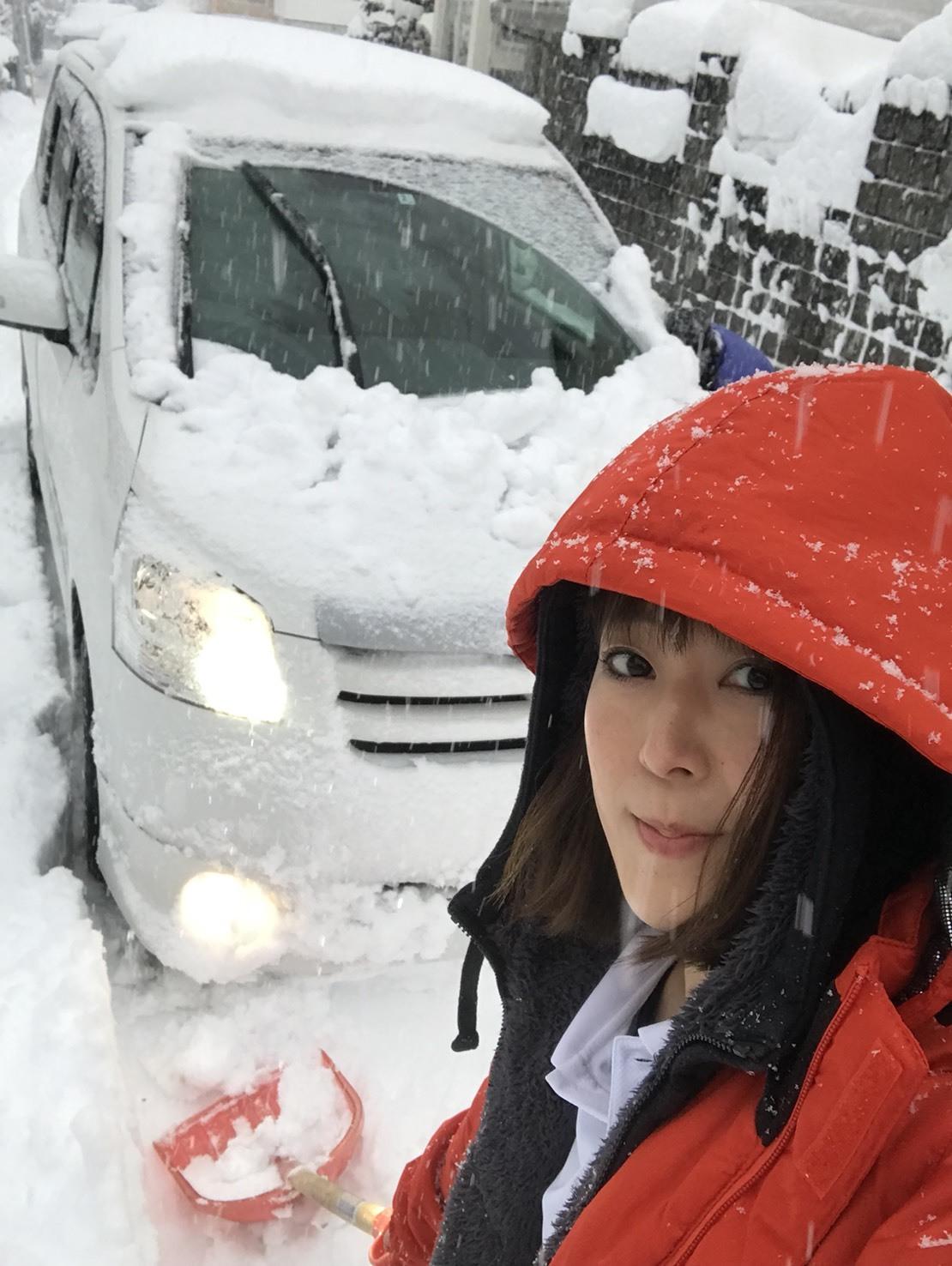 3月2日(金)トミーベース カスタムブログ☆新在アウディTT ハイエース入庫☆_b0127002_10244438.jpg
