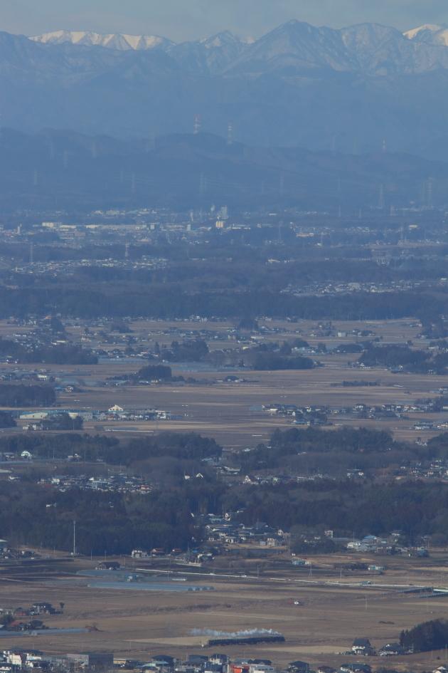 遠くに那須の雪山を望んで芳賀の里を走る白煙 - 真岡・2018年冬 -_b0190710_21491055.jpg