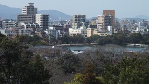 梅が満開! 福岡城址 舞鶴公園_b0214473_18435311.jpg