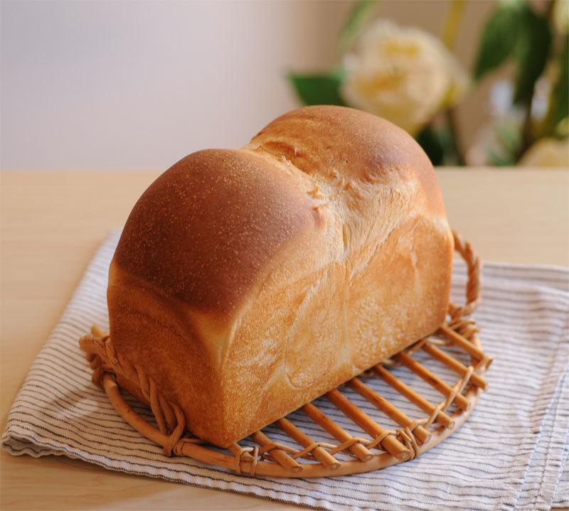 いちごサンド ・ 山食パン_c0196673_10585091.jpg