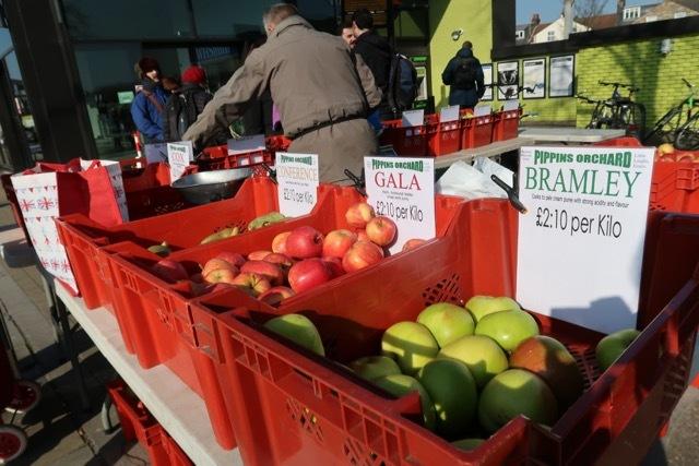 ファーマーズマーケット West Hampstead _f0380234_01003686.jpg