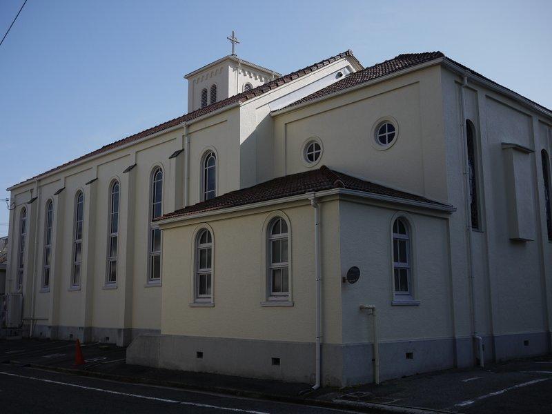 カトリック三篠教会_b0190540_00135461.jpg
