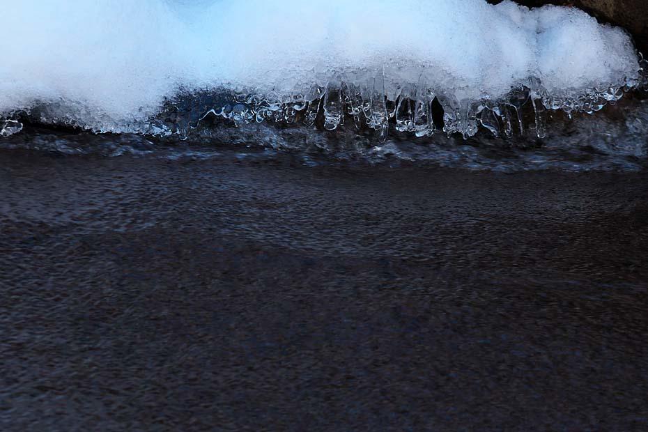 凍える猿尾滝_c0067040_12235376.jpg