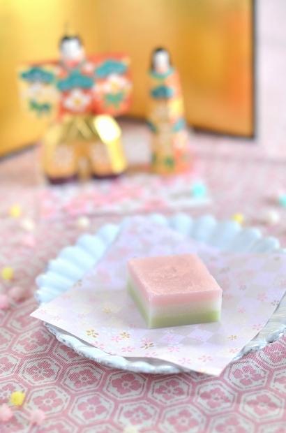 ひな祭りのすり琥珀の菱餅  Homemade Japanese Sweets of the Doll\'s Festival 2018_d0025294_17512619.jpg