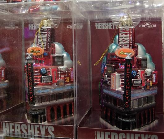 ハーシーズ・チョコレート・ワールドのチョコ以外の品々_b0007805_613965.jpg