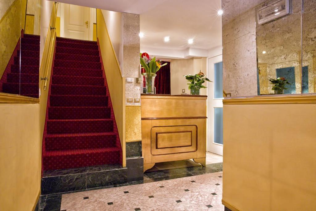 ヴェネチアのホテル2012_b0305039_01300853.jpg