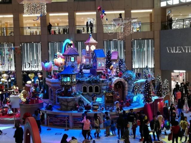ザ・ランドマークのクリスマスデコレーション@おまけ_b0248150_16222886.jpg
