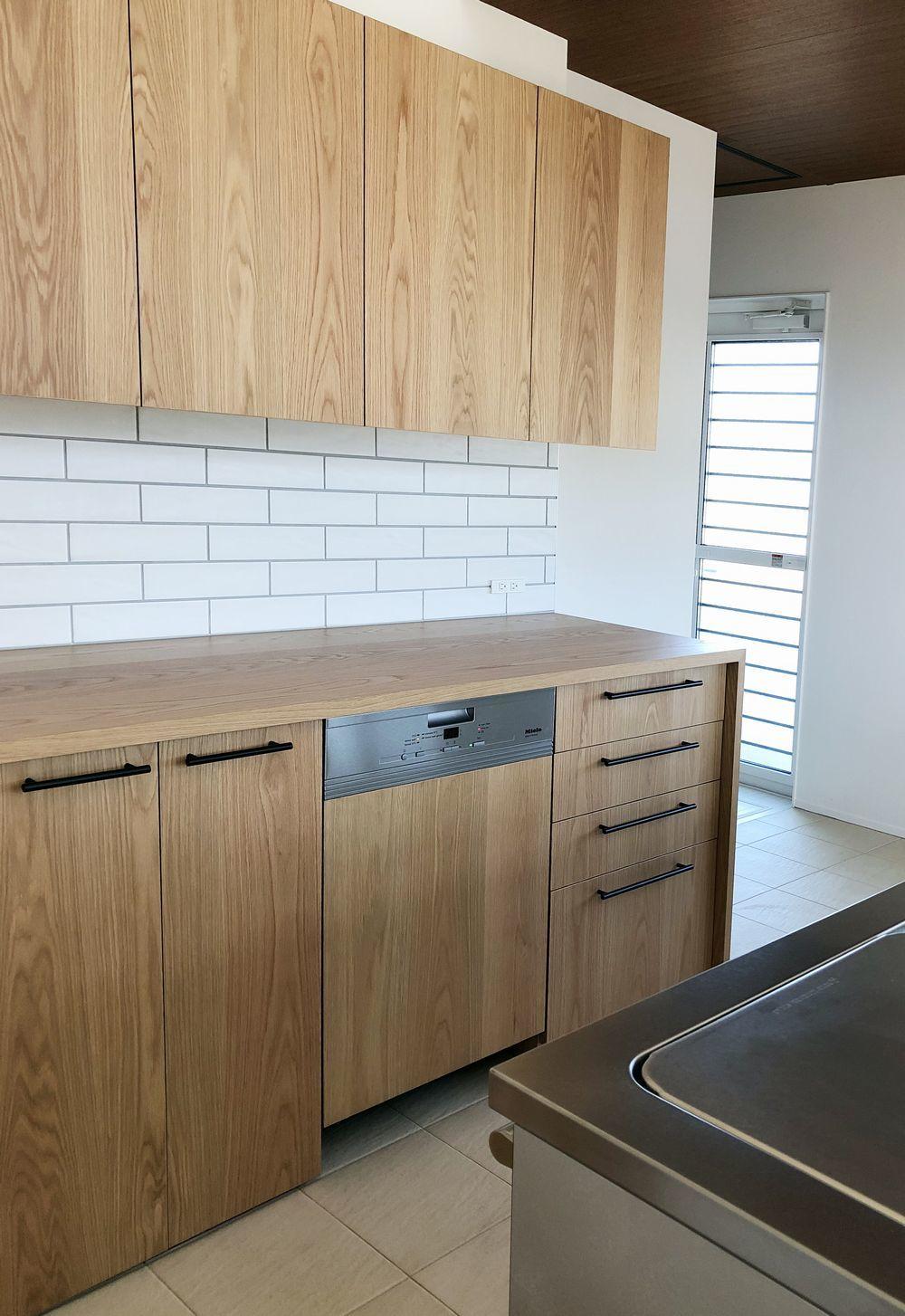 ナチュラル空間への食洗機、洗濯機設置_a0155290_11462045.jpg