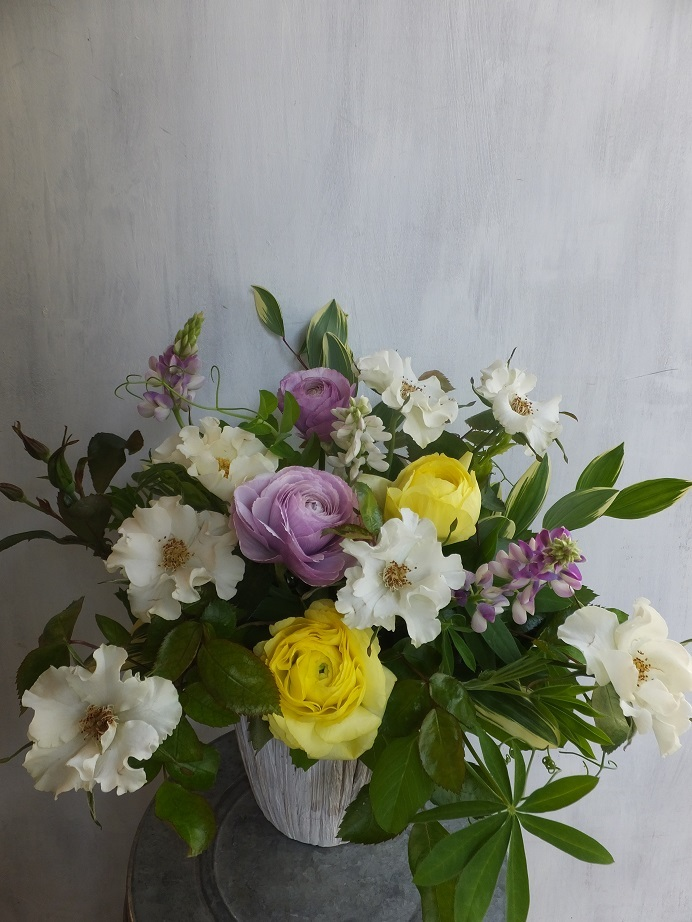 オークリーフ(薔薇と草花のアレンジメント)_f0049672_11444131.jpg