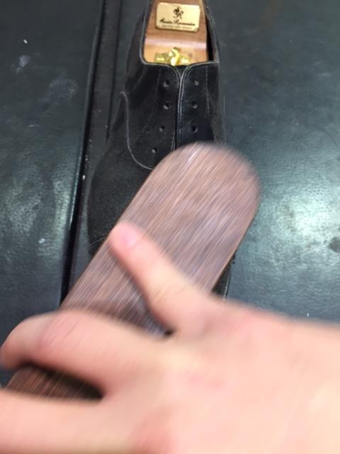 ビックリするくらいホコリまみれの靴を救出_b0226322_17403199.jpg