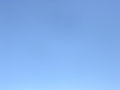 水源地の青空です_e0295926_09234560.jpg