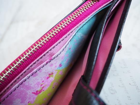カッコ良くって色っぽい、美しいお財布が出来上りました♡_f0340942_22221318.jpg