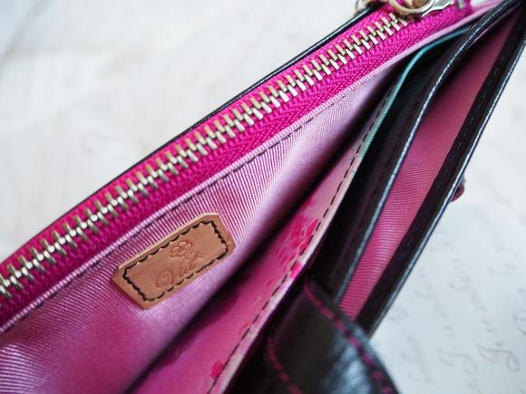 カッコ良くって色っぽい、美しいお財布が出来上りました♡_f0340942_22342155.jpg